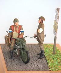 Uh..uh..but..Sir.. (S. Bathy) Tags: motorbike british normandy bsam20 tamiya135