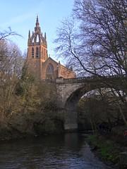 The Full Belmonty (Bricheno) Tags: bridge church river scotland glasgow escocia kelvin westend szkocja kelvingrove schottland scozia riverkelvin cosse churchofscotland  esccia   bricheno kelvinstevensonmemorialchurchofscotland scoia kelvinstevensonmemorial