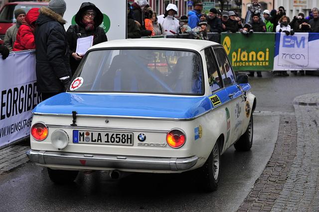 vintage nikon historic german bmw nikkor fx 70200 motoring sportwagen klassik hitorisch eumoto bmwgroupclassic bmwclassicgroup