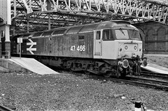47466 Edinburgh (edinburgh75) Tags: edinburgh waverleystation 1991 47466 class474 d1590