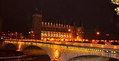 Paris la belle 4 (PULLKATT I'M BACK) Tags: bridge paris france seine night de ile pont nuit reflets