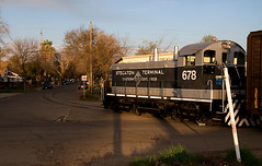 Prepare to do Battle (GRNDMND) Tags: california trains ste stockton emd sw1200 shortlines stocktonterminaleastern