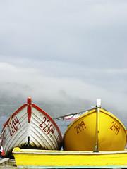 Niebla (javiera zuñiga) Tags: chile wood old colors fog river boat fishermen pacific olympus velvia niebla valdivia sp600uz