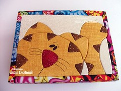 Caixa Porta joias - Gato (Line Artesanatos) Tags: caixa caixademadeira caixaforrada patchworkembutido
