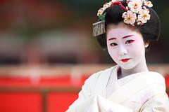 Mature (Teruhide Tomori) Tags: portrait japan dance kyoto performance maiko   kimono tradition japon odori     canonef300mmf28lis  kanoyumi canoneos5dmark