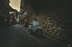 Vespa (koolbram) Tags: street old city vacation italy white stone wall vakantie nikon europe vespa wideangle scooter retro tokina sicily stonewall motor taormina hdr italie sicilie hystorical d90 hystoric 1116mm