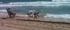 Piramides en la playa (componente creativo) Tags: playa piramides juegos