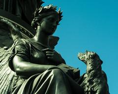 20150524-14_Devotion_on Daniel O'Connell Statue Dublin (gary.hadden) Tags: dublin eire ireland city oconnellstreet statue dog angel devotion angelesque