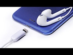 iPhone 7 Earpods - Are These Legit? (Download Youtube Videos Online) Tags: iphone 7 earpods are these legit