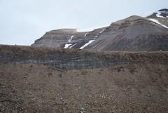 Svalbard 2016 (archegonus) Tags: svalbard spitzbergen spitsbergen spitzberg spicbergen gletscher toteis ddis ddis muninbreen glacier glaciero glaero glaciar glacir gletscherlandschaft geomorphologie glazialmorphologie glaziallandschaft glaziale serie morne endmorne moraine ndmorn endmoraine ice landscape schotter