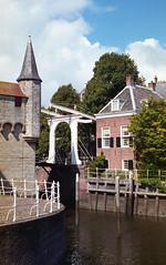 Zierikzee brug (Arne Kuilman) Tags: canon 500n analogue film scan kodak 4009 kodacolor epson zeeland nederland netherlands zierikzee bridge brug