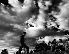 cloud dwellers (dr.milker) Tags: california berkeley indianrock clouds people family bw blackandwhite noiretblanc blancoynegro       area  bay eastbay