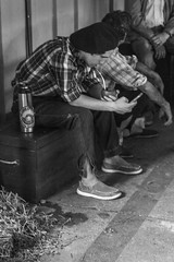 Modern Gaucho! (Alvimann) Tags: alvimann canon canoneos550d canon550d canoneos gente man men people hombre male hombres hat hats sombrero sombreros boina boinas beret blackandwhite black negro white blanco blancoynegro