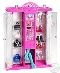 Toy Fair 2013 Mattel Barbie Life in the Dreamhouse Fashion Vending Machine (IdleHandsBlog) Tags: toys dolls barbie mattel collectibles fashiondolls toyfair2013