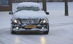 sneeuw_100213 (raymondklaassen) Tags: mercedes sneeuw glad almere spiegelglad