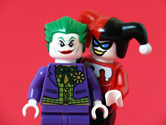 Joker + Harley (Oky - Space Ranger) Tags: love dc day lego super harley batman valentines joker heroes universe quin licensed