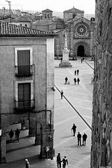 Plaza (Sonia Montes) Tags: plaza white black byn blancoynegro canon bn soniamontes