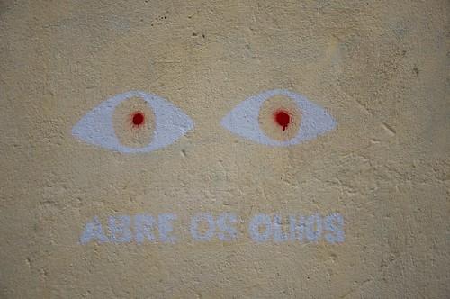 Abre os olhos ©  Still ePsiLoN