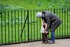 IMG_2268 (desmosimo) Tags: parco london mom child mamma hydepark londra gioco bambino affetto fazzoletto