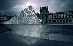 Flash Point [Flickr Explore] (A-lain W-allior A-rtworks) Tags: paris france museum nikon louvre muse nikkor d800