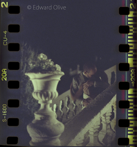 """Vase & stairs 2am"" Canon EOS A2 EF 85mm f1.2 L II Fuji Press 1600 35mm 20a - Edward Olive Fotografo di matrimonio"