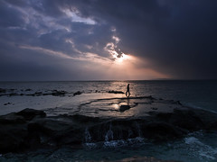 Evening of Enoshima (Hissyh2) Tags: sea sky man japan olympus enoshima 12mm  olympuspen kanagawa     ep3  olympuspenep3
