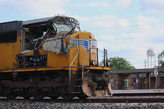 DAMAGED UP SD70M 4134 MAGNOLIA, TX 2013 (nordique72) Tags: heritage up spring texas trains unionpacific railroads navasota up1995
