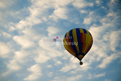 To the clouds (paulo jolkesky) Tags: brazil sky cloud sport brasil clouds fly nikon balloon flight balo himmel wolke cu adventure nuvens brazilian d200 nuvem brasileiro esporte riograndedosul voar torres aventura voo vo fliegen flug luftballon sportive esportivo nikond200 apsc