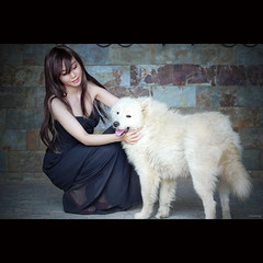 Untitled (-clicking-) Tags: girls portrait woman dog pet beautiful beauty animal mood faces emotion vietnam lovely visage vietnamesegirls bestportraitsaoi