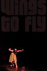Wings to Fly (alxmarroquin) Tags: escena escenario scene photography fotografia vuelo ballet dance mujer fly wings ballerina alas arte