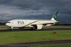 Pakistan Boeing 777-240ER AP-BGJ (Retro Jets) Tags: pia b772 man