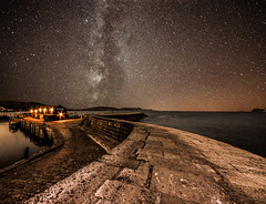 The cobb (Glen Parry Photography) Tags: lymeregis ocean water sea thecobb glenparryphotography d7000 dorset nikon seascape sigma sigma1020mm star nightsky night nightphotography
