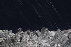 Cayambe lunar (Mr. CHILI) Tags: review outdoor landscape mountain volcano volcan glaciar glacier night star estrellas noche alpinismo escalada ecuador summit startrail estrella