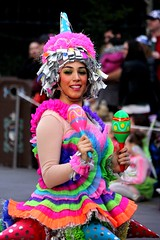 Pinata Girl (ourdisneydays) Tags: disneyland disney soundsational mickeyssoundsationalparade soundsationalparade donaldsfiestafantastico pinatagirl