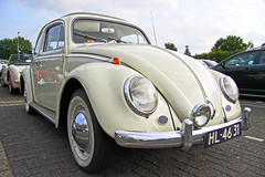 Volkswagen Typ 1 1200 - Beetle 1964 (Le Photiste) Tags: volkswagen beetle soe cv germancar aircooled type1 autofocus friendsforever greatphotographers boxerengine gearheads slowride supersix digifotopro carscarsandmorecars afeastformyeyes alltypesoftransport djangosmaster buildyourrainbow supersixbronze 2heartsaward blinkagain hl4631 chariotofartist chariotsofartistslevel1 photographicworld rememberthatmoment niceasitgets rememberthatmomentlevel1 aircooledboxerengine fotoartcircle thelooklevelred