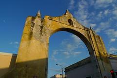 Arch - Merida, Yucatan, Mexico (meckleychina) Tags: architecture mexico arch yucatan merida mx citygate