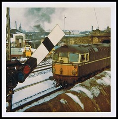 Travels With My Instamatic 25.   1970. (Kingfisher 24) Tags: bridge snow wall scotland fife signal cupar class26 brcwtype2 d5306