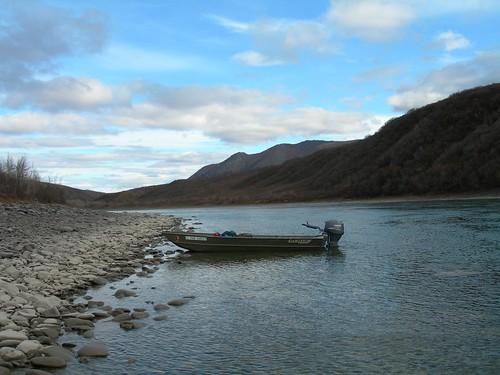rock alaska river boat lawenforcement patrol gravelbar noat noataknationalpreserve noatakriver northwestalaska