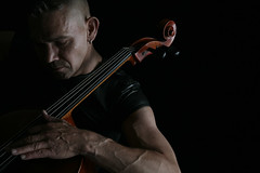 Concentration (rimerbl) Tags: leather cello violoncello jangriffioen