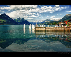 Lake Lucerne - Vierwaldstttersee - Switzerland (Fr@nk //) Tags: sky lake mountains topf25 clouds canon see topf50 topf75 meer topf100 hdr vierwaldstttersee switserland lakelucerne jpegs watmooi