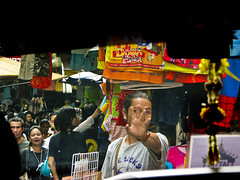 The market (grace.aries) Tags: auto car smog traffic market bangkok mercato thailandia stalls traffico bancarelle ristorantiallaperto