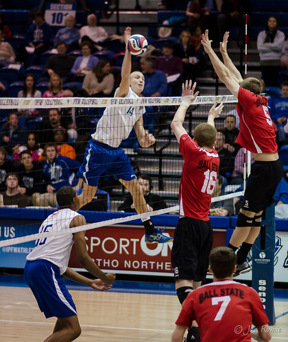 Volleyball Serve Men images