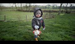 Joyeuse pâques! (Boaji) Tags: motion art children kid day child jerry egg miller normandie enfant campagne bébé paques joyeuse jerrydsign