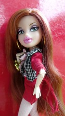 Looking new (  ) Tags: girls france adri doll dolls 10 anniversary adrianna collection 10th adrianne girlz mga entertainement brat brats basic 2012 bratz 2010 dollz 2011  2013 101010