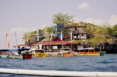 Hundred Islands 9 (Faith_Crawford) Tags: sea beach nature water coral boats islands boat sand salt deep salty shore hundred land 100 shallow shores reefs nikond5100