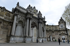 Dolmabahçe Palace, Istanbul (natssant) Tags: turkey istanbul palace sultan dolmabahce turkish dolmabahçe