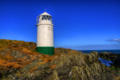 WARREN POINT LIGHTHOUSE, GREENCASTLE, INISHOWEN, CO.DONEGAL, IRELAND. (ZACERIN) Tags: golf point course in  point course ireland warren lighthouse lighthouse lighthousetrek lighthouses lighthouses zacerin inishowen inishowen greencastle codonegal