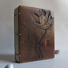 Lotus journal (LACUNA work) Tags: names personalized photoalbum recycledpaper portugese blankjournal upcycled landscapealbum woodencovers reclaimedfurniture handmadewedding woodwook woodlandwedding woodenjournal carvedcovers personalizedabum lacunawork