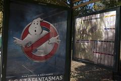 Parada de bus (Jusotil_1943) Tags: marquesina parada bus plano carteles posters caratula cine cinema fantasma
