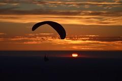 DSC_1748 (justinecharrel) Tags: sunset coucher de soleil auvergne france puydedome volcan montagne nature landscape paysage colors orange red blue sky clouds sun parapente parasailing nikon nikond3200 out